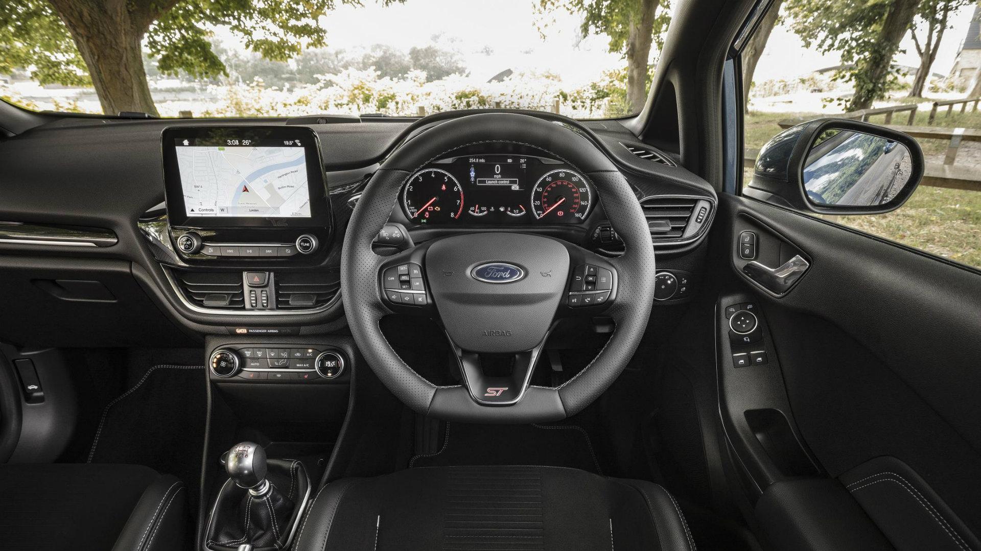 Fiesta ST cabin.jpg (419 KB)