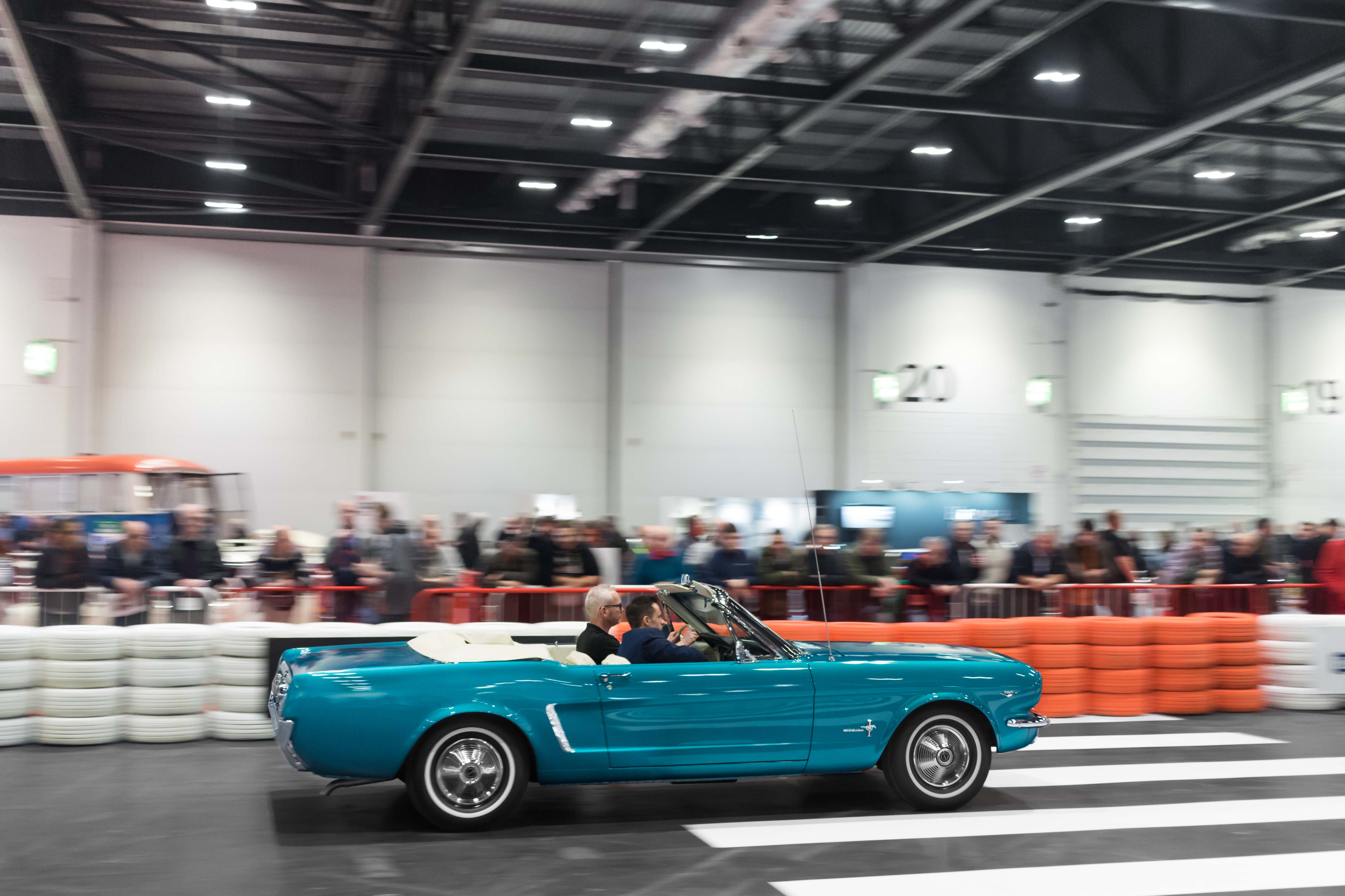 ClassicCarShow3.jpg (1.05 MB)