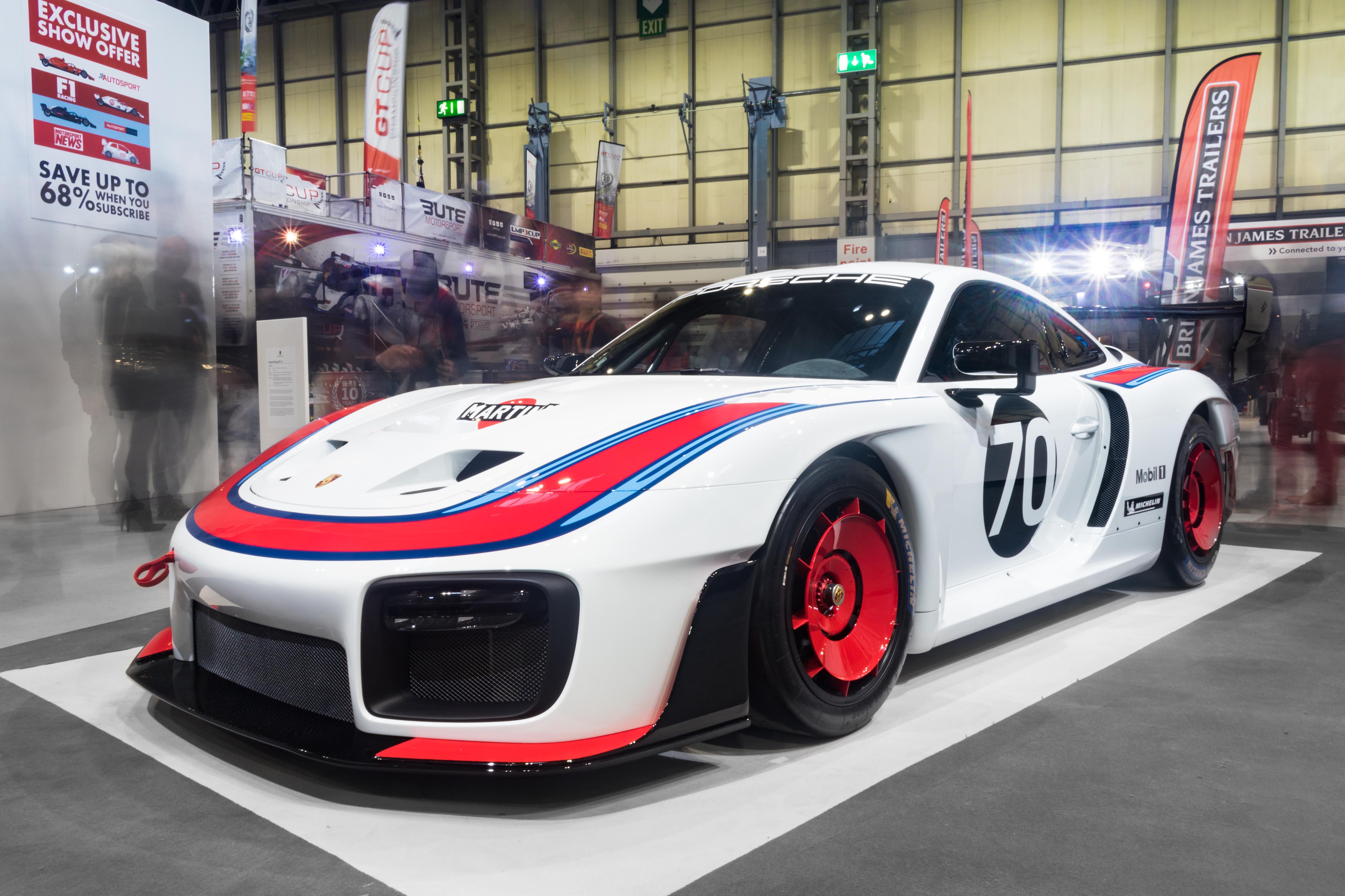 Porsche935.jpg (1.49 MB)