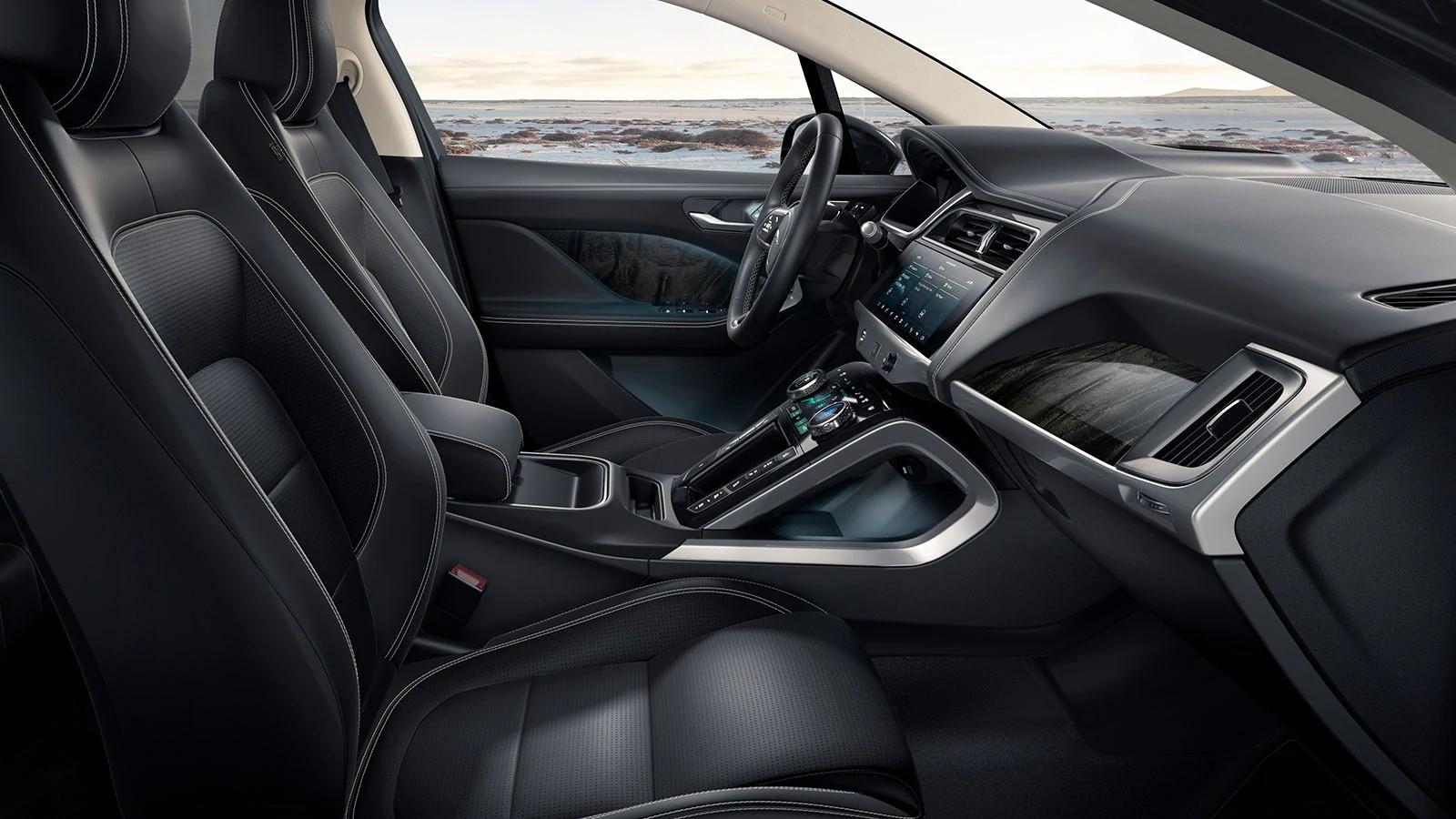 Jaguar I-pace interior.jpg (249 KB)