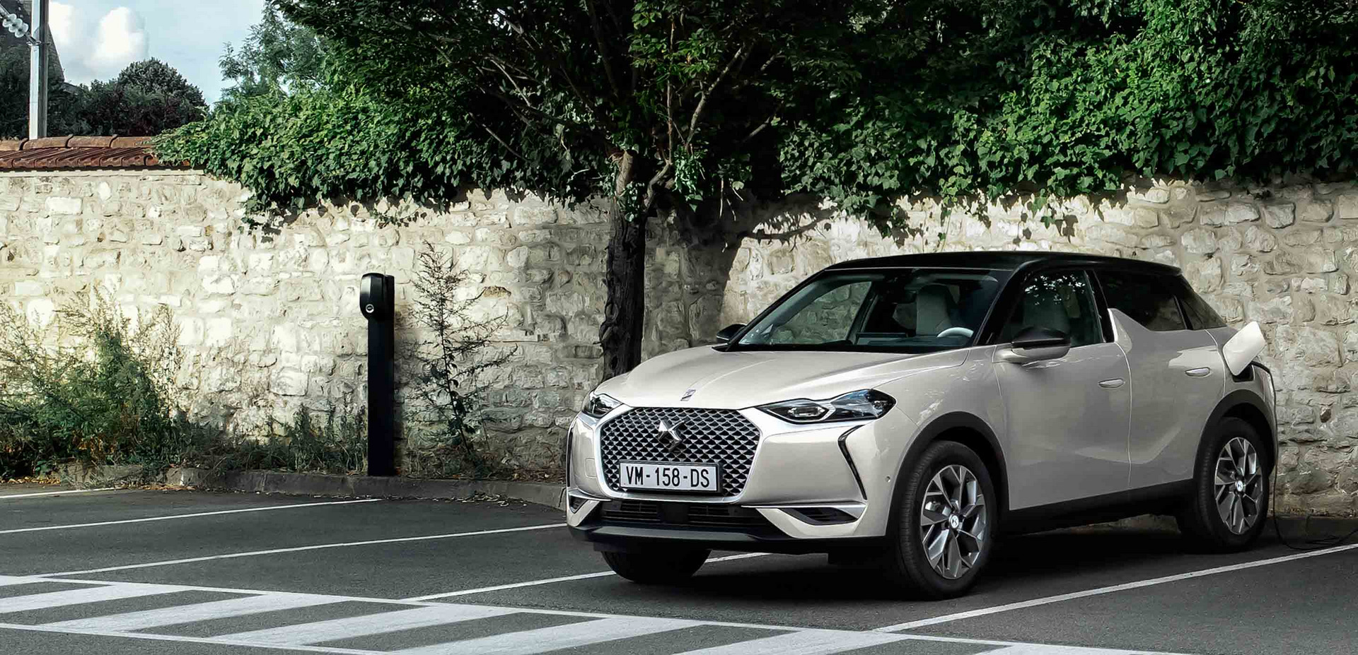 ds 3 crossback etense.jpg (715 KB)