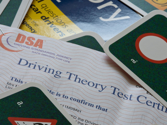 driving theory test .jpg (105 KB)