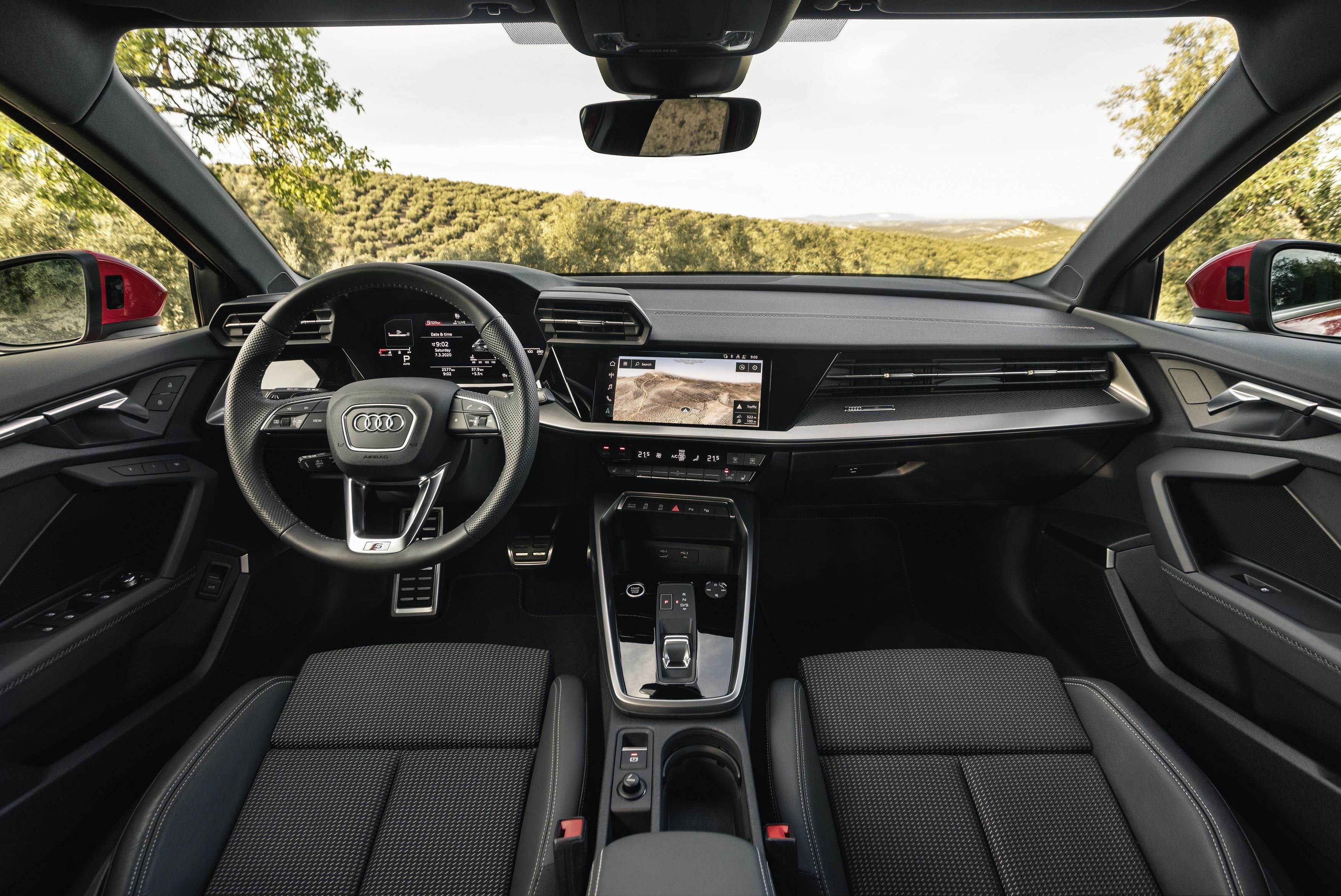 A3 interior.jpg (1.95 MB)