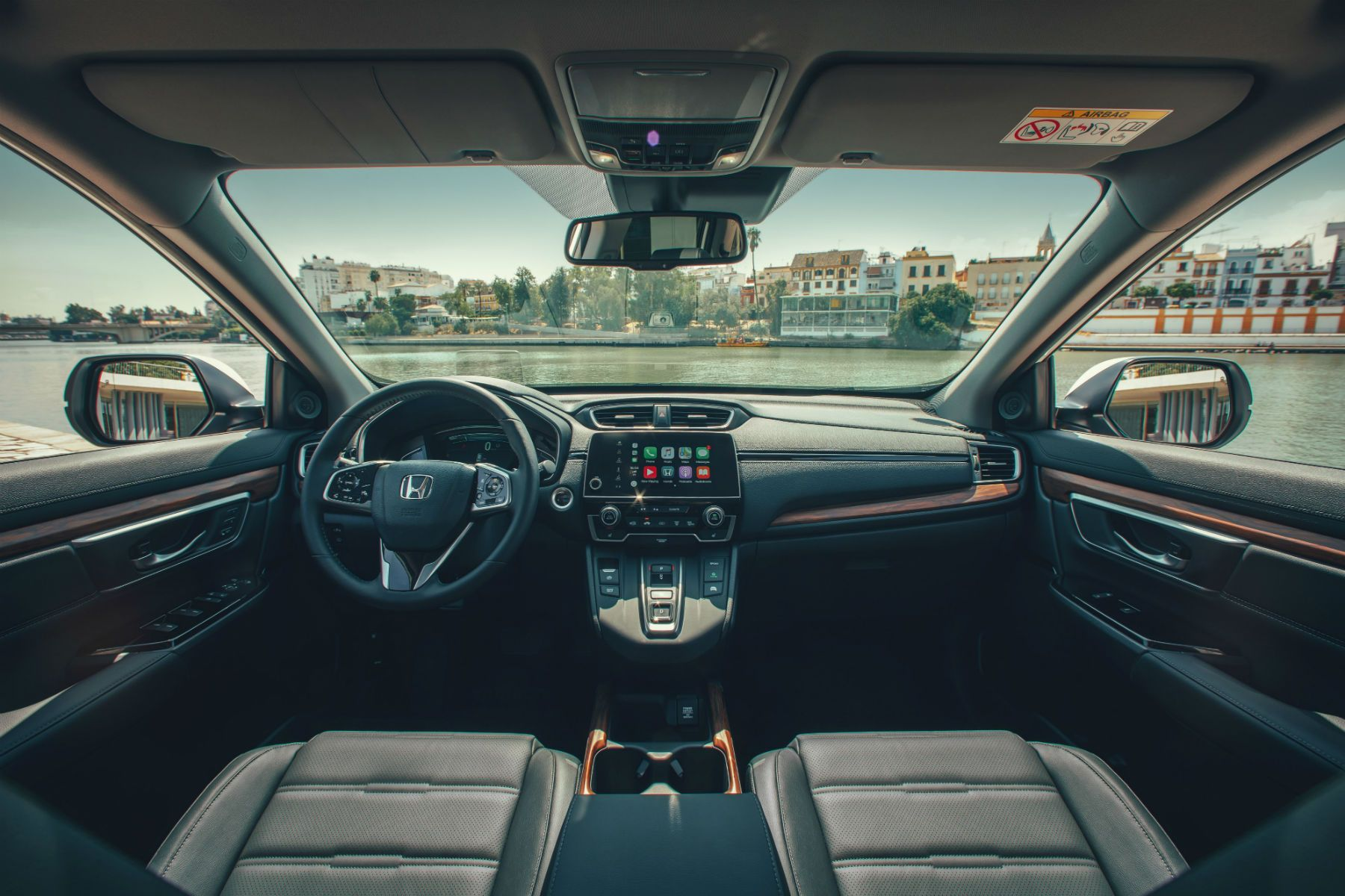 CR-V Hybrid interior .jpg (253 KB)
