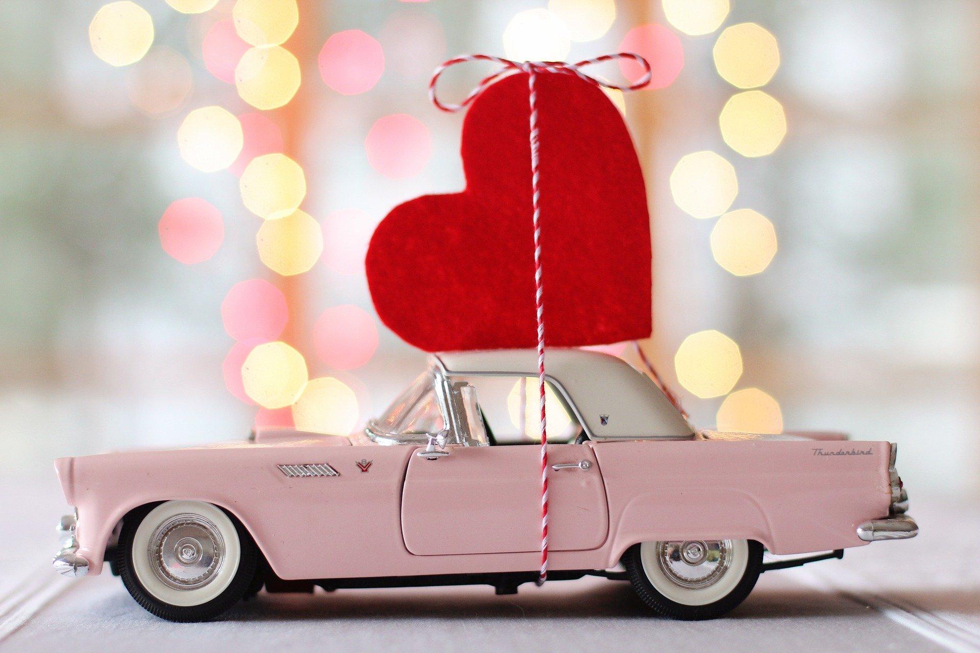 Valentines day car .jpg (263 KB)