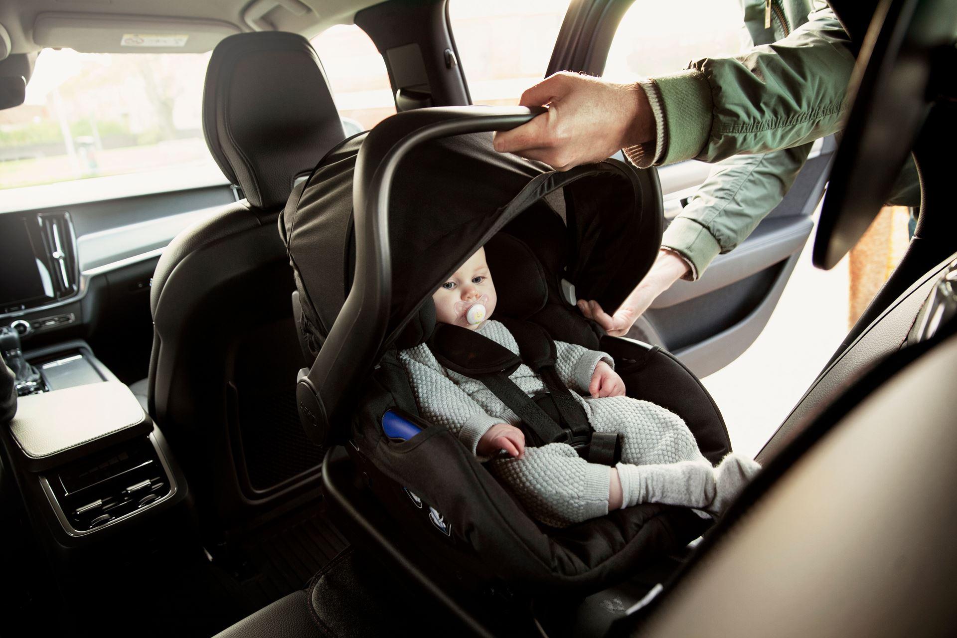 baby car seat .jpeg (238 KB)