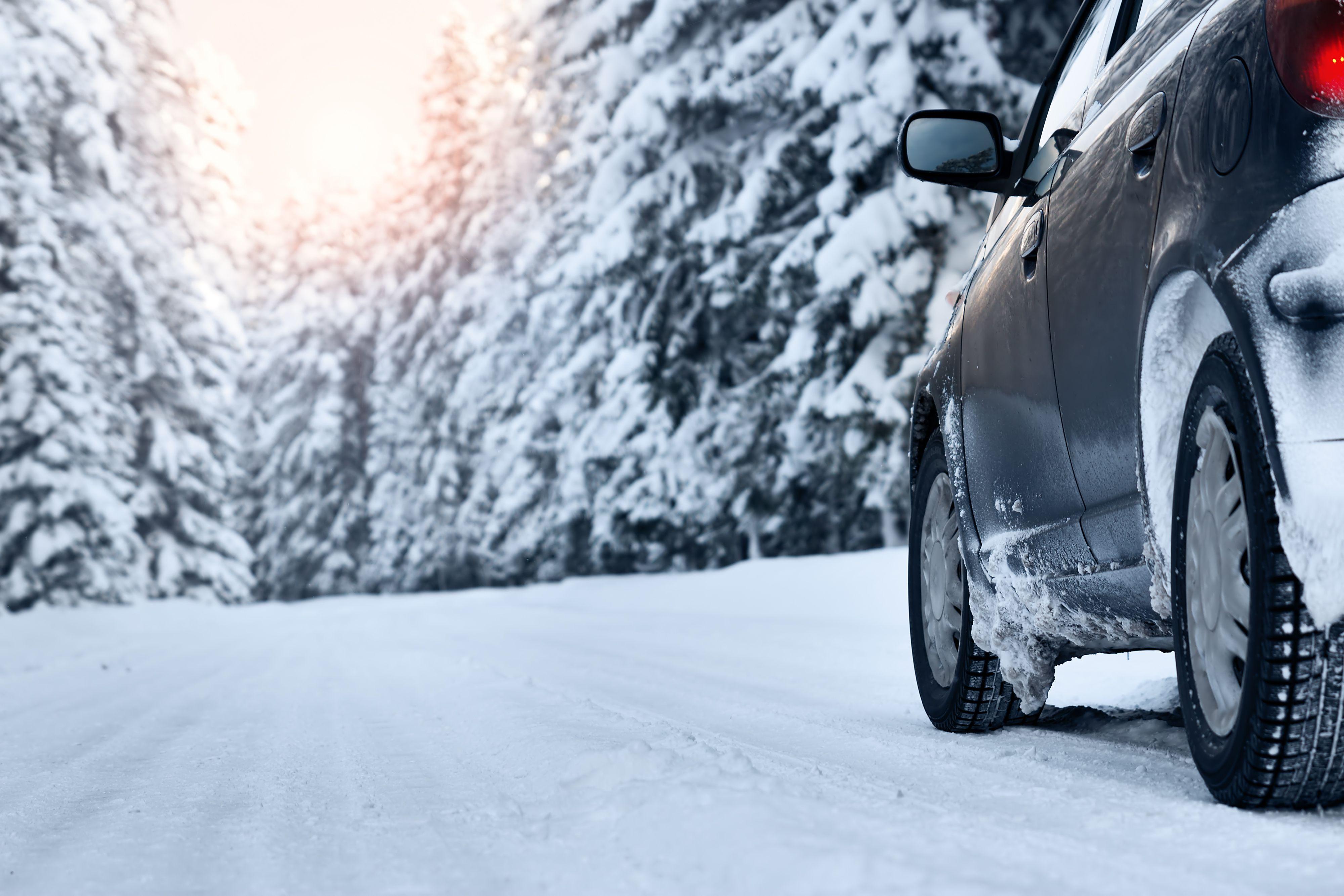 snow driving .jpg (720 KB)