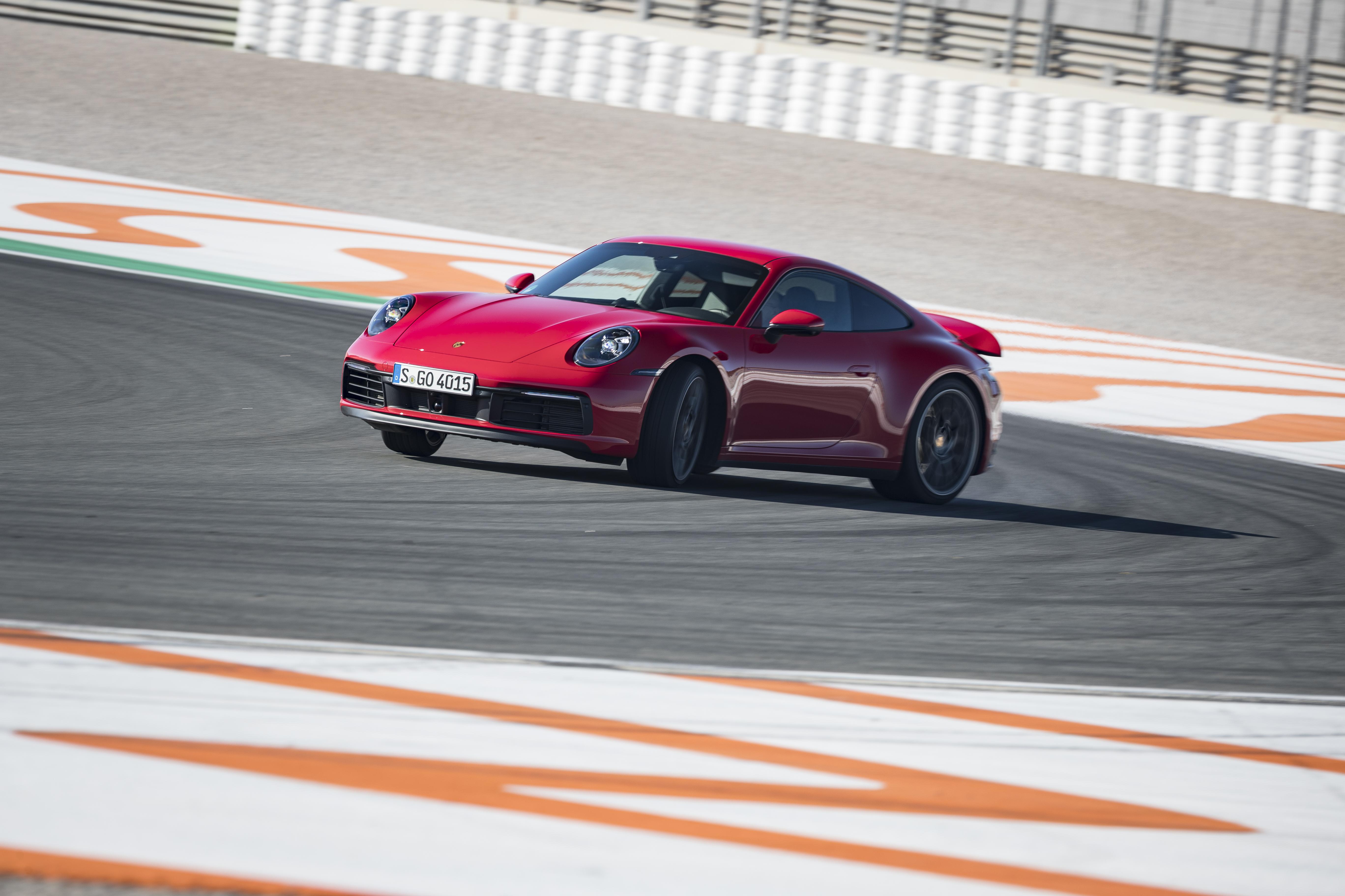 Porsche.jpg (7.22 MB)