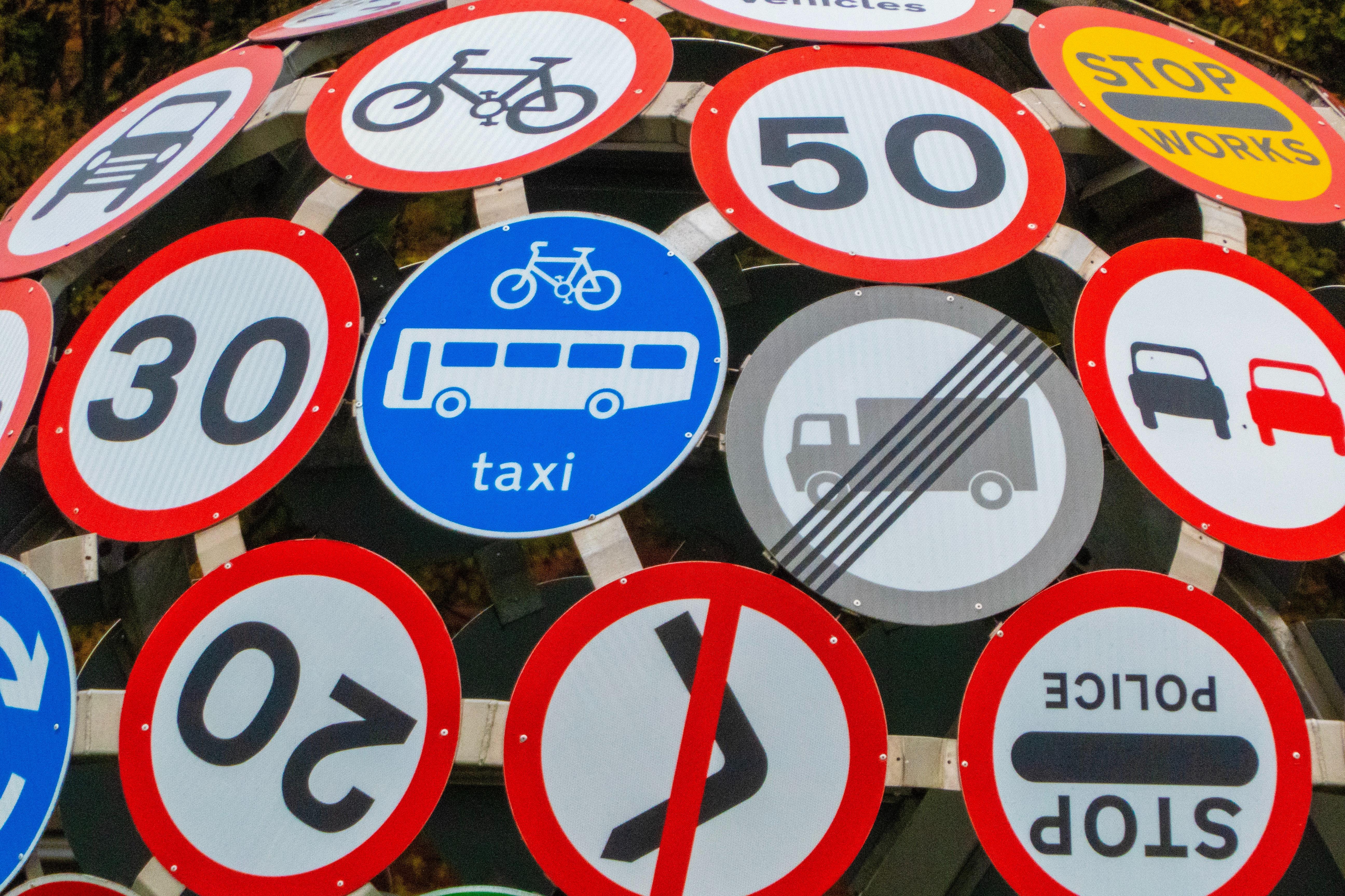 highway code rules.jpg (5.56 MB)